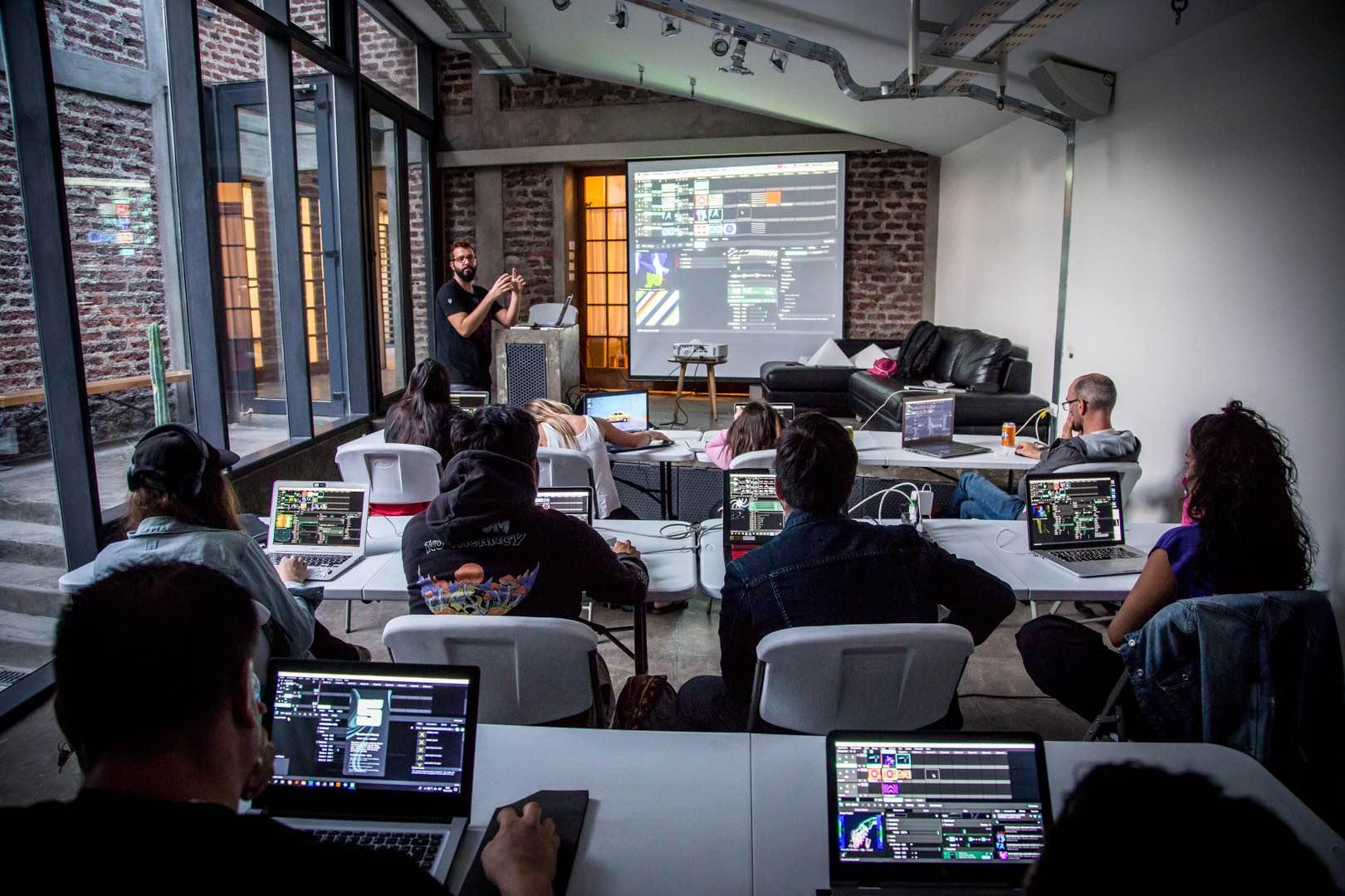 visuales nidra talleres y cursos visuales videomapping proyection